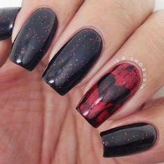 Black - Deep red - Hearts - Glitter - Nail design