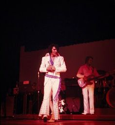 Tudo sobre Elvis. http://tudosobreelvis.com