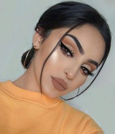 Gorgeous Makeup: Tips and Tricks With Eye Makeup and Eyeshadow – Makeup Design Ideas Makeup Goals, Makeup Inspo, Makeup Art, Makeup Inspiration, Makeup Tips, Makeup Ideas, Makeup Tutorials, Retro Makeup, Dior Makeup