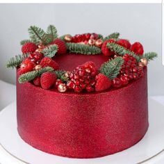 """We have collection of stunningly beautiful cake decorating to help inspire your baking passions and delight to the guest of honor. Take a look at the gallery board """"Cake Designs"""" Christmas Cake Designs, Christmas Cake Decorations, Holiday Cakes, Christmas Desserts, Christmas Treats, Christmas Baking, Christmas Cookies, Xmas Cakes, Christmas Gingerbread"""