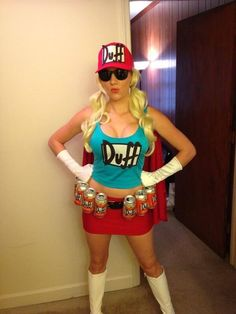 simpsons costumes Disfraz chica Duff // The Simpsons // Duff girl // Costume Halloween Costumes Glasses, Costumes With Glasses, Halloween Cosplay, Cool Costumes, Halloween 2016, Halloween Outfits, Halloween Makeup, Epic Cosplay, Cosplay Girls