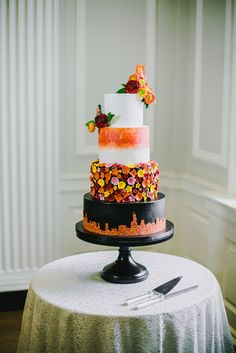 Desire for further unique wedding cakes creative example, pop to the web link right now on 20190114 Luxury Wedding Cake, Plum Wedding, Black Wedding Cakes, Pretty Cakes, Beautiful Cakes, Amazing Cakes, Take The Cake, Love Cake, Creative Wedding Cakes