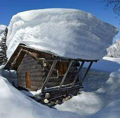 Winter in the mountain - Tél a hegyekben Tenda Camping, Camping 3, Bushcraft Camping, Camping Outdoors, Share Pictures, Little Cabin, Winter Scenery, Snow Scenes, Winter Beauty