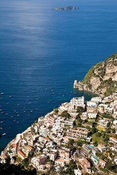 Positano: Positano and Li Galli Island