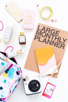 Get the best tips for efficient travel packing (and some adorable INSTAX photo tricks) from Sugar and Cloth! Travel Car Seat, Travel Stroller, Instant Print Camera, Flying With A Baby, How To Memorize Things, Things To Come, Short Trip, Traveling With Baby, Travel Packing