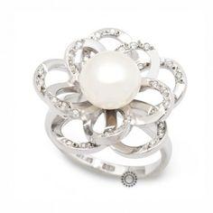 Μεγάλο γυναικείο δαχτυλίδι λουλούδι λευκόχρυσο Κ14 με λευκό μαργαριτάρι και ζιργκόν στα πέταλα   Κοσμηματοπωλείο ΤΣΑΛΔΑΡΗΣ στο Χαλάνδρι #λουλουδι #μαργαριταρι #ζιργκον #δαχτυλίδι Big Flowers, Jewellery, Engagement Rings, Pearls, Stone, Floral, Enagement Rings, Jewels, Wedding Rings