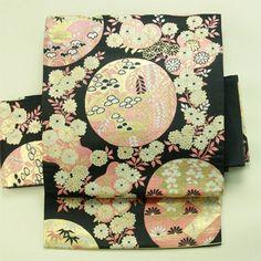 Black, circle and flower pattern, nagoya obi / 黒地 丸と花柄 六通名古屋帯   #Kimono #Japan  http://www.rakuten.co.jp/aiyama/