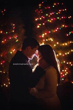 In the romantic Christmas day, he stands with you, so you're the brightest stars. Hugging tightly him, you want to keep this romantic moment forever. Christmas Engagement Photos, Engagement Pictures, Engagement Couple, Engagement Session, Christmas Lights Photoshoot, Holiday Lights, Engagement Photography, Wedding Photography, Couple Photography
