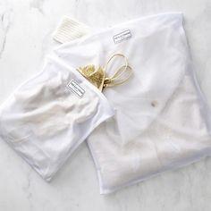plain + simple . the laundress - mesh washing bags s l