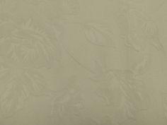 Jacquard Bicolor Bianca | Tecidos Kite. Tecido Jacquard bicolor, apresenta motivos florais, tecido encorpado, possui elasticidade. Invista em modelagens justas e estruturadas. Sugestão para confeccionar: Blazers, shorts, calças, entre outros.