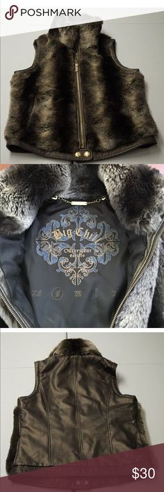 Big Chill Outerwear Big Chill Faux Fur Vest bronze & animal print faux fur: 85% acrylic 15% polyester faux leather: 55% rayon 45% polyester lining: 100% polyester new without tags Big Chill Jackets & Coats Vests