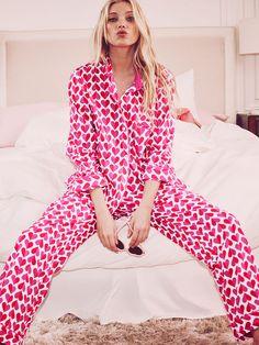 l victoria secret pajamas Lingerie Victoria Secret, Pyjamas Victoria Secret, Victoria Secret Outfits, Pajamas All Day, Cute Pajamas, Kids Pajamas, Elsa Hosk, Sleepwear Women, Pajamas Women