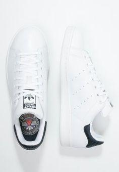bestil adidas Originals RITA ORA STAN SMITH - Sneakers - legend ink/white/gold til kr 699,00 (27-02-16). Køb hos Zalando og få gratis levering.