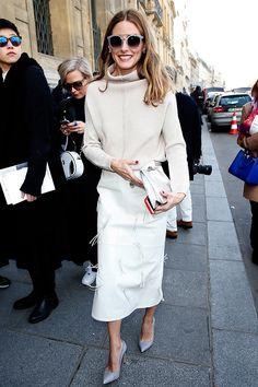 Olivia Palermo y el abrigador blanco en La semana de la moda en Paris