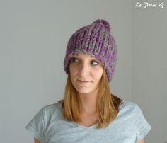 Bonnet à grosses mailles et son pompon violet : Chapeau, bonnet par lepointg