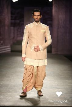 Dhoti is beautiful - Anju Modi Collection at India Couture Week 2014 Mens Indian Wear, Mens Ethnic Wear, Indian Groom Wear, Indian Men Fashion, Groom Fashion, Men's Fashion, Wedding Outfits For Groom, Indian Wedding Outfits, Indian Outfits