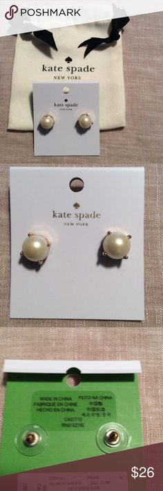 Kate Spade Pearl Stud Earrings Brand new with tag and dust bag. Great holiday gift! kate spade Jewelry Earrings