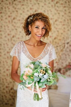Luxury Chateau de la Bourdaisiere Wedding, bride wore Jenny Packham gown with Badgley Mischka heels. Captured by Helen Abraham Photography French Wedding Style, Real Weddings, Wedding Hairstyles, Curly Hair Styles, Destination Wedding, Reception, Bouquet, Flower Girl Dresses, Bride