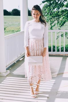 Blush and Lace Outfit Inspo - Fabulous Fashion - Modest Fashion Modest Church Outfits, Casual Skirt Outfits, Modest Wear, Modest Dresses, Church Dresses, Blush Dresses, Skirt Fashion, Fashion Outfits, Fashion Ideas