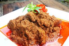 Rendang | 30 Delicious Indonesian Dishes You Need To Try