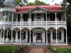 Victorian Houses- I love all the porch and balcony space!