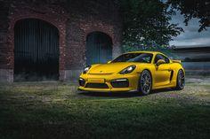 Porsche Cayman GT4 Racing Yellow
