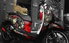 Honda scoopy lady rose    #honda  #scoopy #ladyrose #outsiders #sid #supermanisdead #3dcuttingsticker #cuttingsticker #cat #peaknose #blacksheepstickart #banyuwangi & follow Instagram kami  @ckdsign