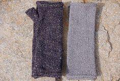 free on Ravelry: toast pattern by leslie friend Wrist Warmers, Hand Warmers, Fingerless Gloves Knitted, Knitted Hats, Free Knitting, Knitting Patterns, Baby Patterns, Ravelry Free Patterns, Aran Weight Yarn