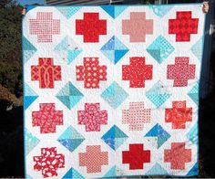 """from mythreesons.  i love the way she used bits of HR without it being a """"HR quilt."""""""