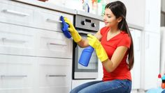 The time and money-saving tips from oven cleaning expert Rik Hellewell don't require you to scrub for hours or to buy expensive products. Oven Cleaning, Cleaning Hacks, Kitchen Cleaning, Clean Kitchen Cabinets, Protective Gloves, Best Fruits, Hair Loss Treatment, Money Saving Tips, Hair Growth