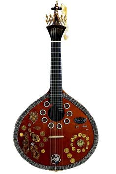 Portuguese Guitar | I remember when my Avô had and played one of these.