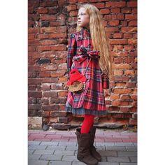 Paddington lookbook | Leya.me Fall Winter, Cold Shoulder Dress, Collection, Dresses, Fashion, Gowns, Moda, La Mode, Dress