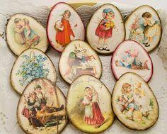 Vintage Labels, Decorative Plates, Porcelain, Easter, Painting, Home Decor, Decorations, Vintage Tags, Porcelain Ceramics