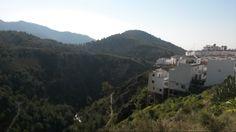 Smukke Frigiliana, isoleret på en bakketop med de mest utrolige udsigter! #Frigiliana