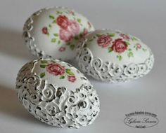 Gorgeous Shabby Chic Easter Egg (the actual tutorial link, not just photos!) @Vanessa Mayhew & CraftGossip