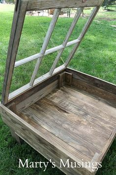 This DIY tutorial explains how to make a window table for the rustic look for practically nothing. Great furniture idea for the repurposed shabby chic look. Rustikalen Shabby Chic, Muebles Shabby Chic, Shabby Chic Zimmer, Shabby Chic Homes, Repurposed Furniture, Shabby Chic Furniture, Rustic Furniture, Diy Furniture, Office Furniture