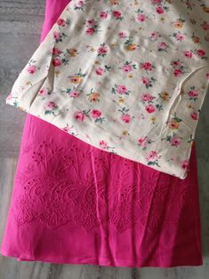 Indian Suits, Punjabi Suits, Embroidery Suits Design, Kinds Of Fabric, Kurti Designs Party Wear, Skirt Fashion, Cotton Dresses, Designer Dresses, How To Wear