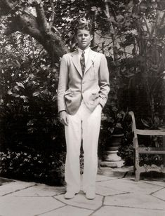 Jack Kennedy at the Kennedy family vacation home in Palm Beach, Florida (via The History Place )