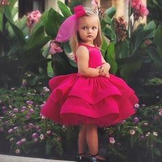 Lovely fushia Princess Flower Girls Dresses for Wedding Ruffle Satin Tulle Knee Length firls Pageant dresses Inexpensive Wedding Dresses, Affordable Bridesmaid Dresses, Little Girl Fashion, Kids Fashion, Little Girl Dresses, Girls Dresses, Toddler Pageant Dresses, Wedding Flower Girl Dresses, Pageant Gowns