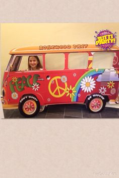 Photo boot frame,! Peace and love Party! Hippie Party! 60's Party, Marco para fotos fiesta hippie!                                                                                                                                                                                 Más
