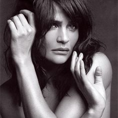 Helena Christensen poses in black and white for the fashion and art driven magazine, Muse. Helena Christensen, Muse Magazine, Belle Hairstyle, Beautiful People, Beautiful Women, Beautiful Flowers, Beautiful Pictures, Famous Faces, Supermodels