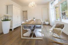 dominidesign thinkwood showroom - panton chair