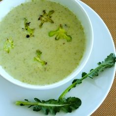 Creamy vegan broccoli soup that you won't believe is dairy free! Bonus: Broccoli chips!