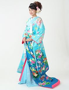 Ombre Blue Uchikake with Floral Prints and Pink Lining