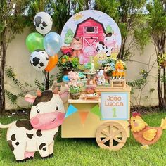 2nd Birthday Party For Girl, Cow Birthday, Farm Animal Birthday, Farm Animal Party, Farm Party, Fiesta Decorations, Birthday Party Decorations, Farm Theme, Babyshower