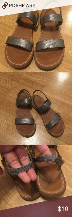 Hollister Sandals In great condition! From hollister Hollister Shoes Sandals