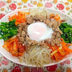 これは主人の分ですが、パクパク食べてまだ食べれるそうで(ノ_<)✨わたしのお皿に侵略してきました(°_°) - 8件のもぐもぐ - ビビンバ(^ ^) by gogonacchan1130