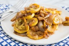 Recipe: Squash and Onions with Brown Sugar — Side Dish Recipes from The Kitchn | The Kitchn