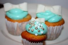 Bow Cupcakes- Cream Cheese and Fondant Topping