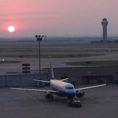 Sunrise over DFW Airport....Arrive at DFW and catch a flight to New Orleans.